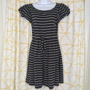JUICY COUTURE Puff Sleeve Striped Dress Modern 80s